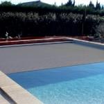 Couverture piscine de couleur